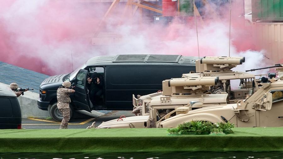الإمارات للصناعات العسكرية وتوازن القابضة وأبوظبي لبناء السفن شركاء استراتيجيين لمعرضي أيدكس ونافدكس 2017