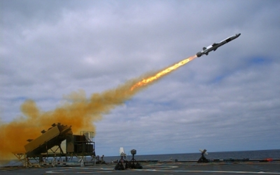 Raytheon, Kongsberg to build Naval Strike Missiles and launchers in United States