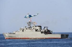 مدمّرة إيرانية تقصف سفينة بالخطأ.. وأنباء عن مقتل العشرات