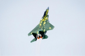 مقاتلات الاف 15 القطرية المتقدمة تنجز بنجاح اولى طلعاتها التجريبية العملياتية